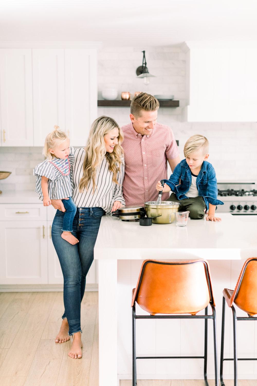 Lindye Galloway Family - Orange County Family Photographer