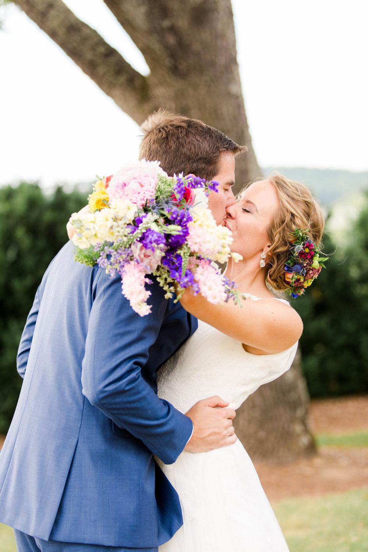 charlottesvillemoraisvineyardswedding-50.jpg