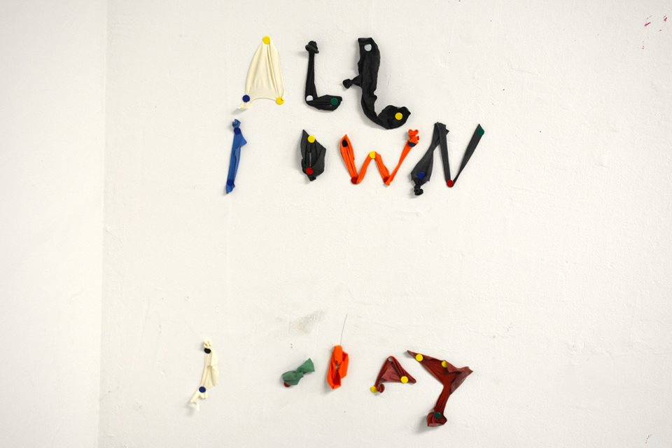 All I Own I Don't . Balloons, Push, Pins. Dimensions Variable. 2015.