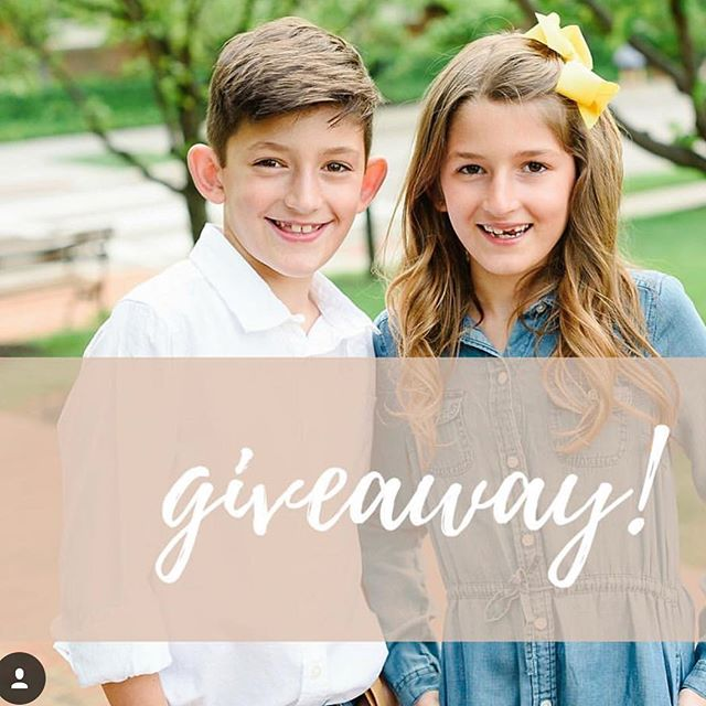 {Giveaway}. I've teamed up with one of my favorite Columbus photographers to giveaway a FREE FAMILY PORTRAIT SESSION! TO ENTER: Like this photo Follow @abarneslife @614.mom and @stephaniebarnesphoto For EXTRA entries tag as many friends as you like (one friend per comment) For EXTRA entries repost this picture to your feed or stories and tag us!  This giveaway will end Saturday April 28th at 5:30pm and the winner will be announced within 24hours.  This is not sponsored or endorsed by Instagram. Must be 18 years or older to enter. This giveaway is for a free one hour family session fee.  Digital files/prints not included.