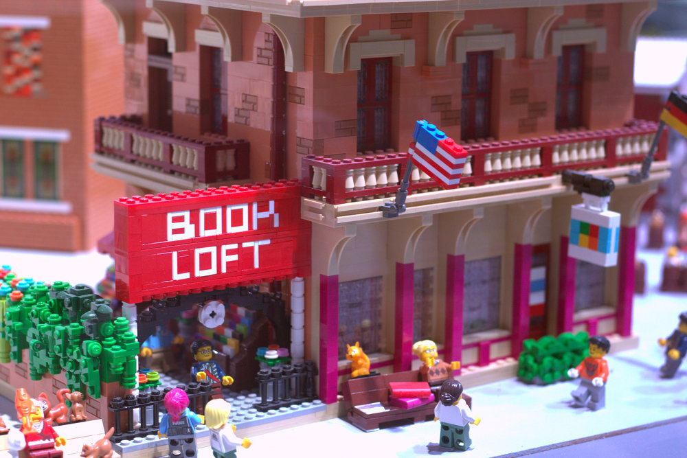 book loft legoland