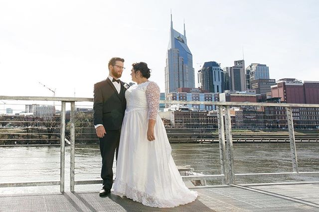Happy 1st anniversary @sarakay1223 and @jeff_keyes! Wishing you many more years of love and happiness ✨ .⠀ .⠀ .⠀ .⠀ #creativityfound #calledtobecreative #creativelifehappylife #makersgonnamake #mycreativebiz #creativepreneur #darlingweekend #risingtidesociety #marriage #nashville