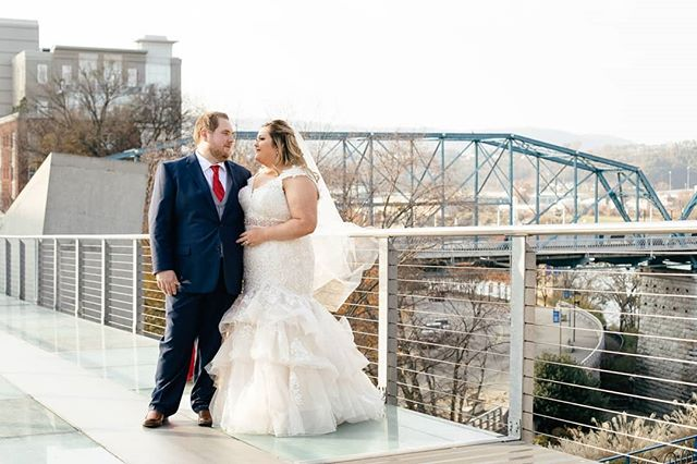 There are so many cool areas in Chattanooga to explore. It's one of my favorite places to photograph weddings. Excited to shoot another wedding there next weekend! . . . #chattanooga #chattanoogabride #chattanoogagroom #chattanoogawedding #chattanoogaphotographer #nashvillephotographer #dayslikethese