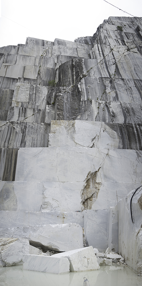 _DSC3752-QuarryWhiteWallReflect-64.5-35-CROP-FINAL.jpg