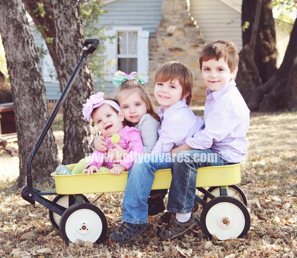 Kelly Olivares Photography Children Family Session 1.jpg