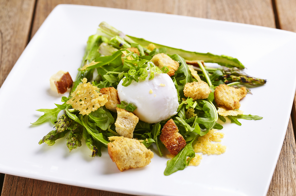 (2015-07 28July) GRILLED ASPARAGUS AND POACHED EGG SALAD edited.jpg