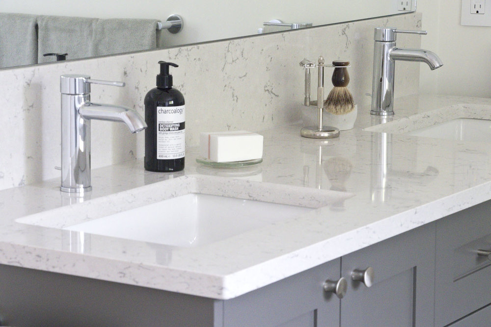 Vanity undermount sink close up.jpg