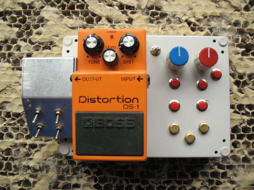 Circuit Bent DS-1 old 1.JPG