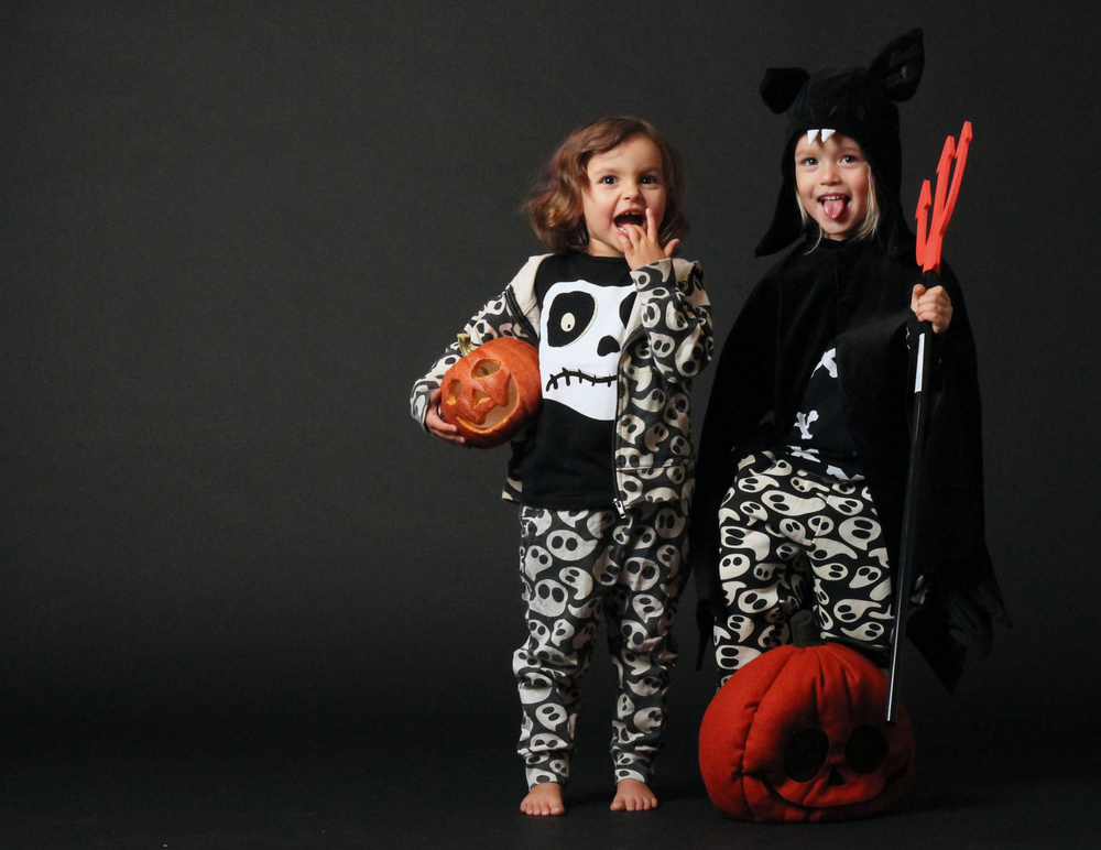 My favorite kids in their comfiest Halloween outfits. All from Shampoodle, Lindex and HM's various spooky halloween-collections.
