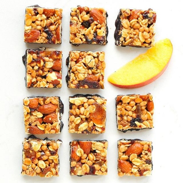 One of these is not like the other. #wasthattooeasy #thatwastooeasy #ohwell #goodjob #TryALittleGoodness 🍑 📷 @noshandnourish . . . #bitesize #snacks #snacksquares #teampeach #peaches #cherries #almonds #darkchocolate #goodness #snacking #goodnessknows