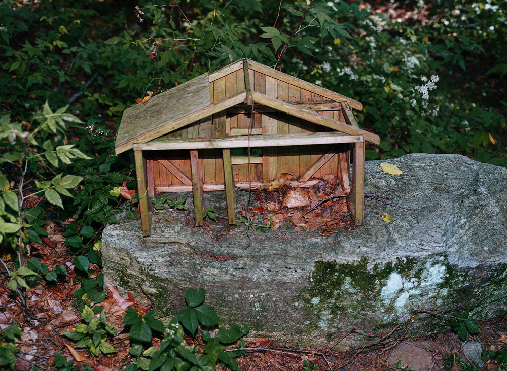 littlewoodenhouse001.jpg