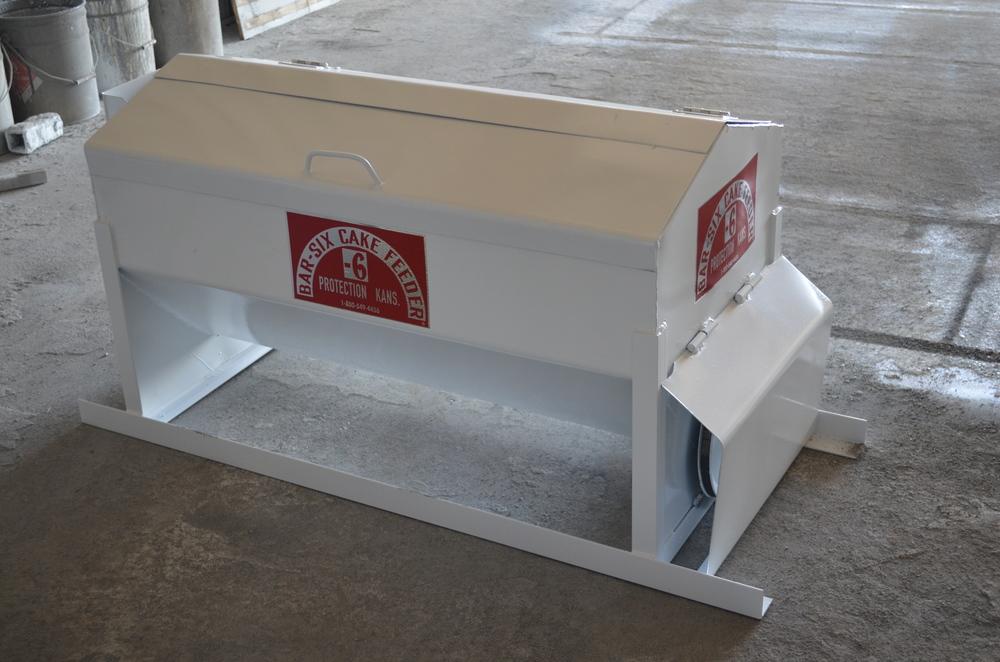 ?format=500w feed dispensers bar 6 bar 6 cake feeder wiring diagram at alyssarenee.co