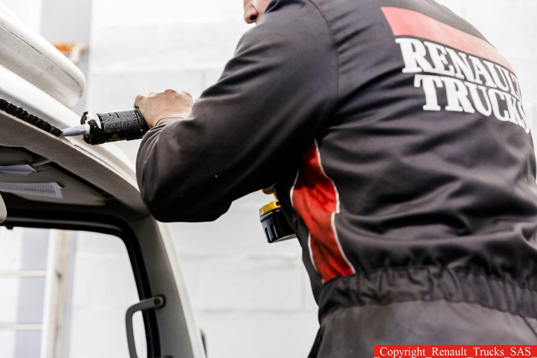 Service — Norfolk Truck & Van | Renault Trucks dealership with new ...