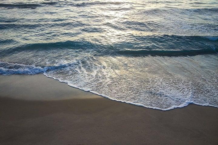 Wave lines.