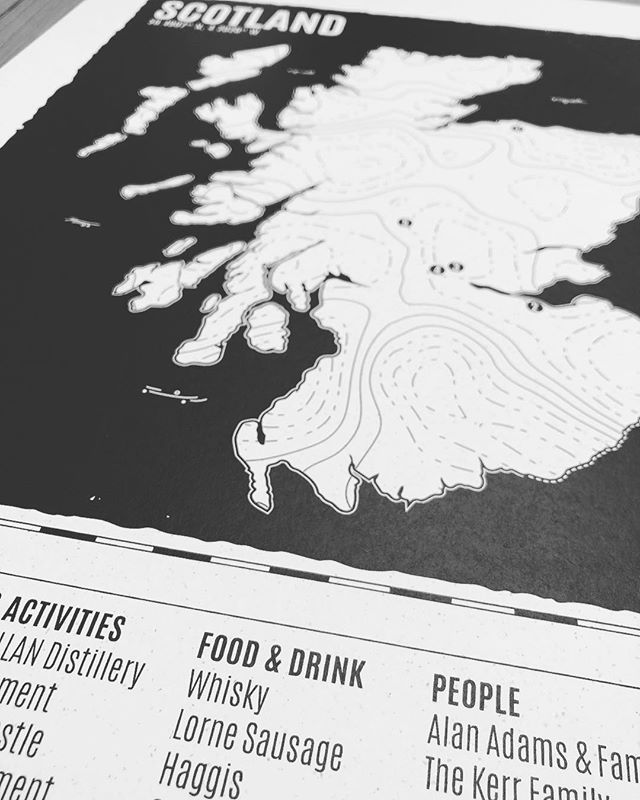 A trip to Scotland wouldn't be complete without a good Whisky and Haggis! 🏴󠁧󠁢󠁳󠁣󠁴󠁿 #personalised #screenprint #map #travel #embossing #scotland