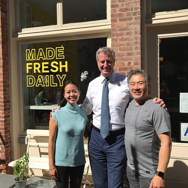 Mayor Bill De Blasio was our special guest for today, stopped by for some coffee. It was a great pleasure having him! Come join us for some delicious eats #madefreshdaily #lowermanhattan #nyceats #mayorbilldeblasio