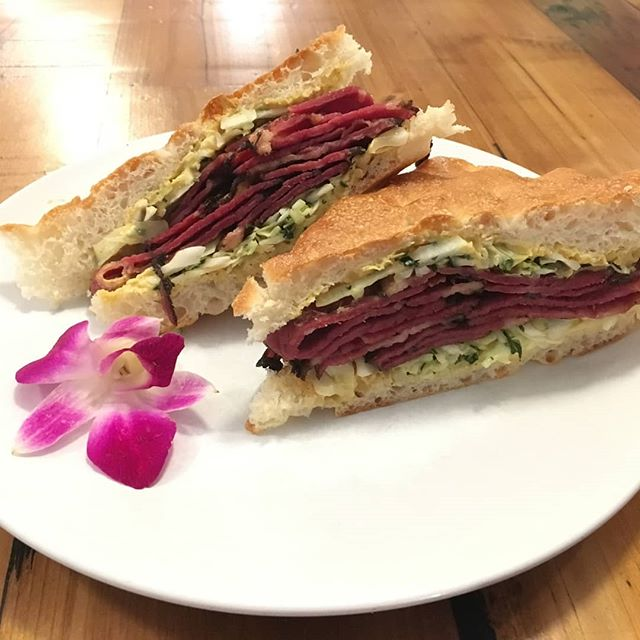 The most amazing Rueben sandwich you'll find here around the South street seaport! Made with roasted ham, turkey, melted swiss, homemade sauerkraut, cabbage, & chipotle cream on focaccia bread. # lunch #delish #nyceats #nycfoodie #eatingnyc #southstreetseaport #Madefresh