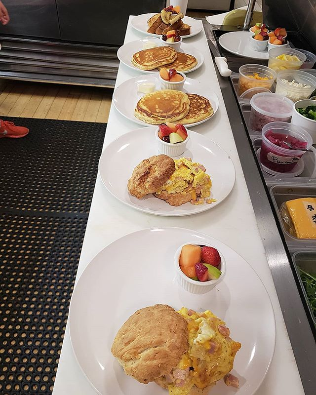 Brunch had as like... call ahead for reservation and yes we have breakfast all day long!! #hamandcheddarbiscuit #pancakes #jennysfrenchtoast #sundayfunday #goodeats #southstreetseaportvibes #instagood