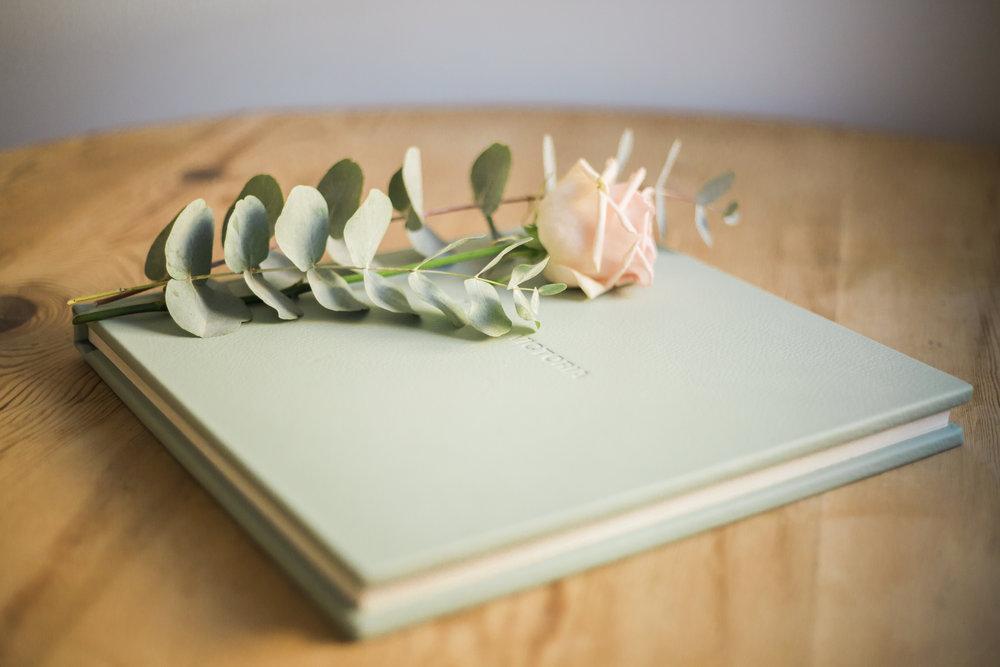 Lara Frost Photography Folio Albums-1.jpg