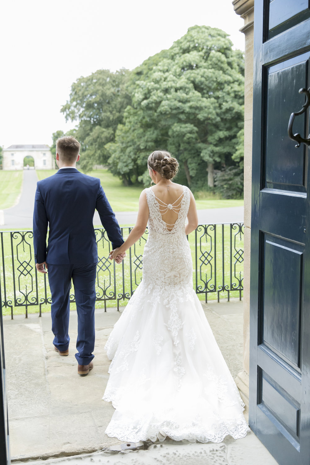larafrostphotography_cusworthhall_doncaster_southyorkshire_karlandlucy_weddingphotography_photographer_yorkshire_bride_groom-23.jpg