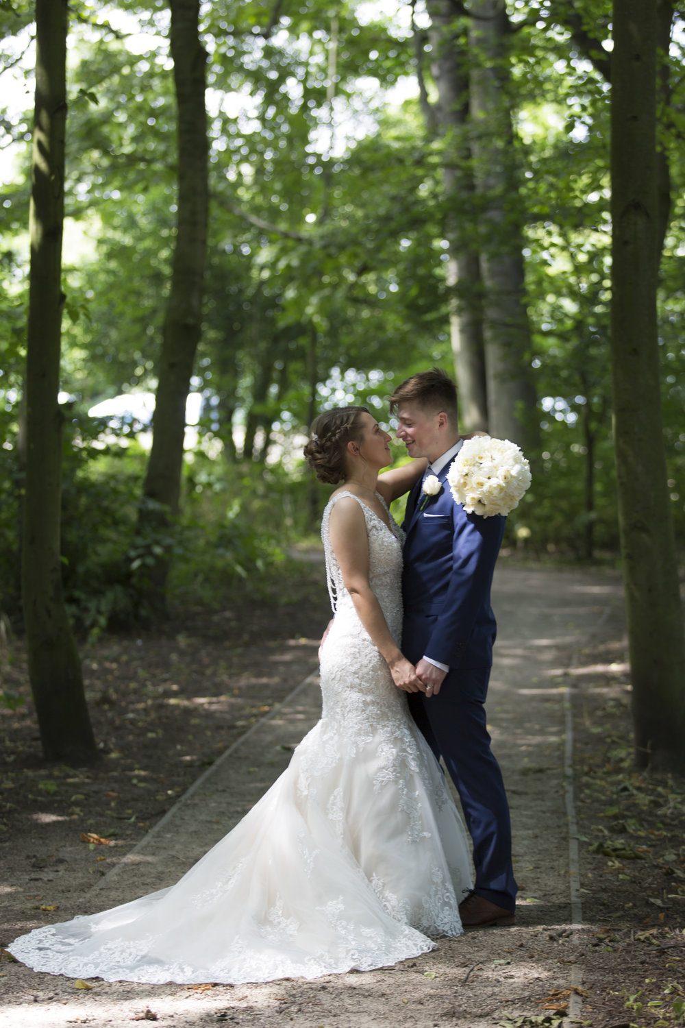 larafrostphotography_cusworthhall_doncaster_southyorkshire_karlandlucy_weddingphotography_photographer_yorkshire_bride_groom-45.jpg