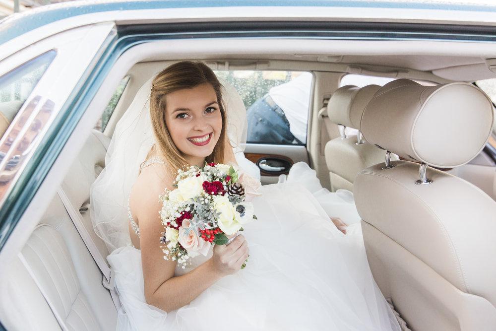 larafrostphotography_fishlakemill_doncaster_southyorkshire_sammiandandrew_weddingphotography_photographer_yorkshire_bride_groom-16.jpg
