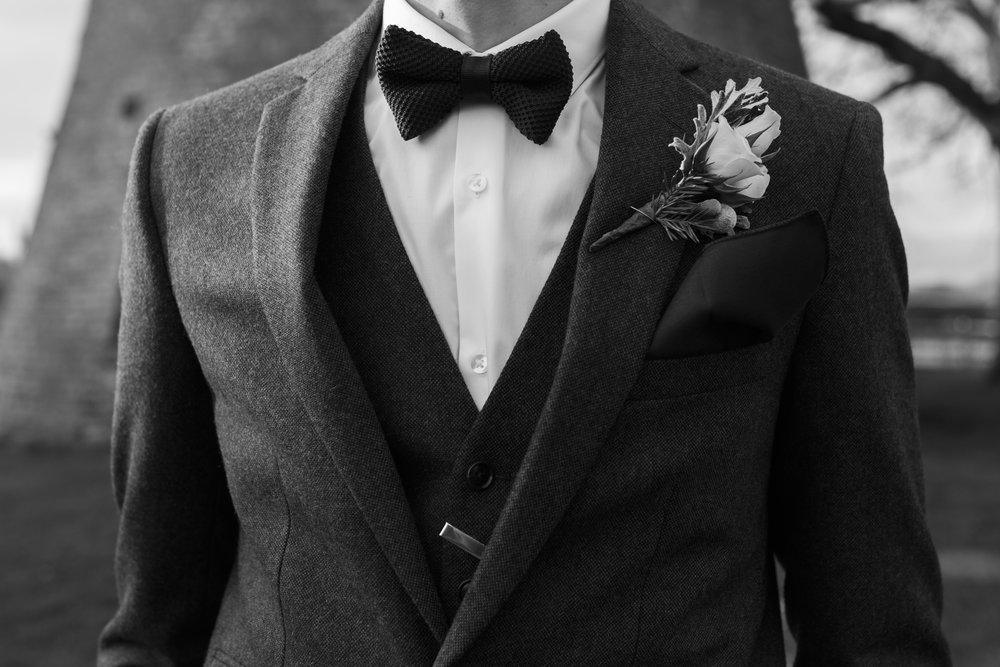 larafrostphotography_fishlakemill_doncaster_southyorkshire_sammiandandrew_weddingphotography_photographer_yorkshire_bride_groom-24.jpg