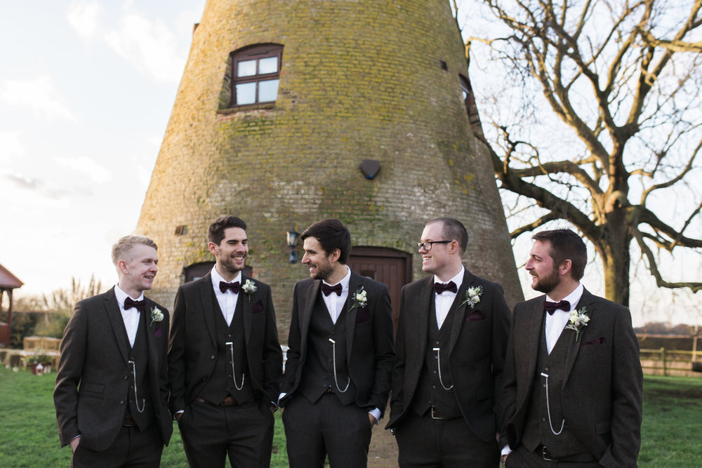 larafrostphotography_fishlakemill_doncaster_southyorkshire_sammiandandrew_weddingphotography_photographer_yorkshire_bride_groom-25.jpg
