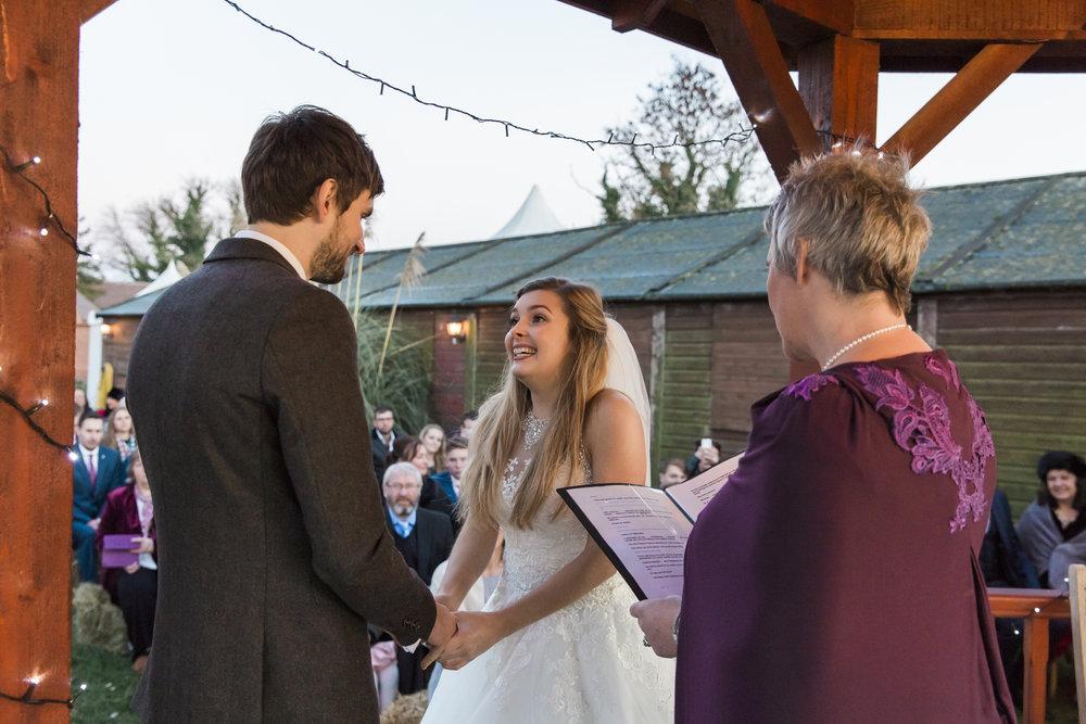 larafrostphotography_fishlakemill_doncaster_southyorkshire_sammiandandrew_weddingphotography_photographer_yorkshire_bride_groom-34.jpg