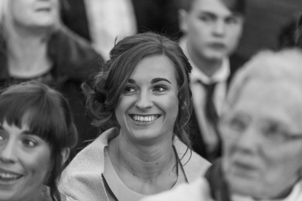 larafrostphotography_fishlakemill_doncaster_southyorkshire_sammiandandrew_weddingphotography_photographer_yorkshire_bride_groom-37.jpg