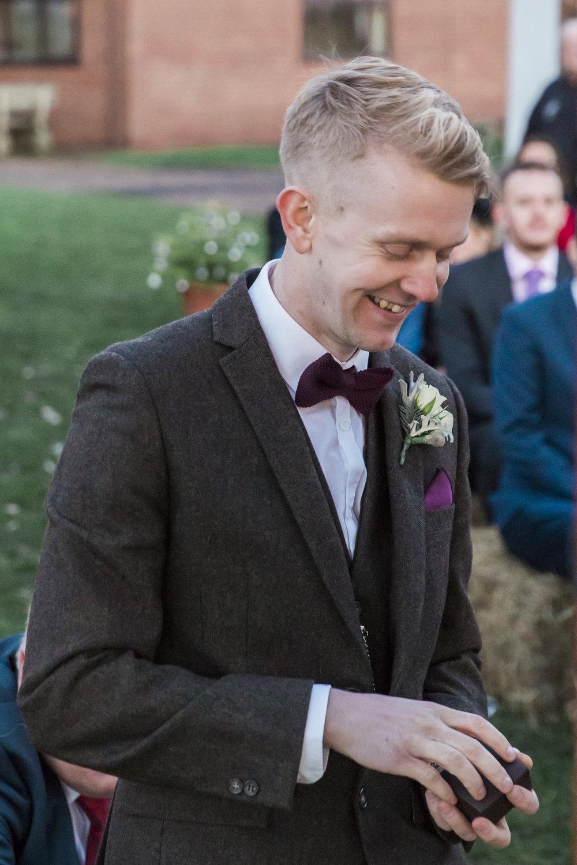 larafrostphotography_fishlakemill_doncaster_southyorkshire_sammiandandrew_weddingphotography_photographer_yorkshire_bride_groom-40.jpg