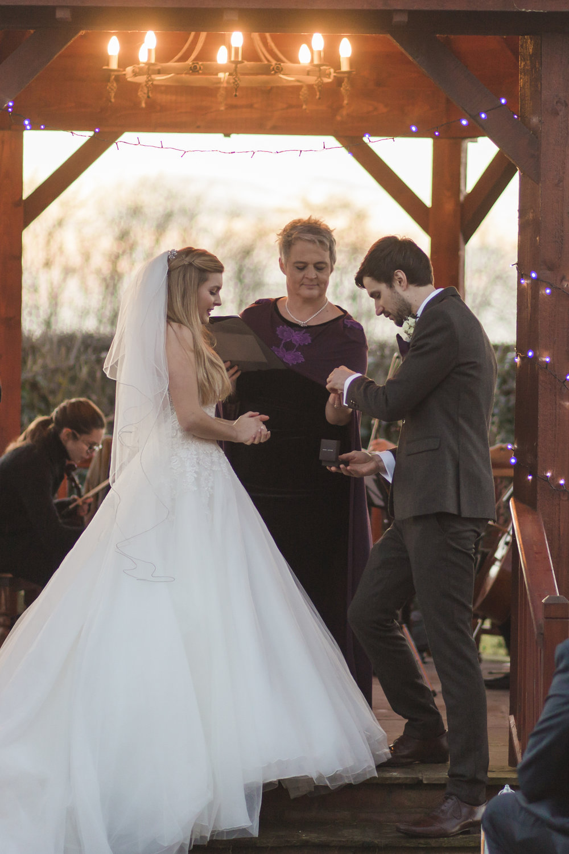 larafrostphotography_fishlakemill_doncaster_southyorkshire_sammiandandrew_weddingphotography_photographer_yorkshire_bride_groom-41.jpg