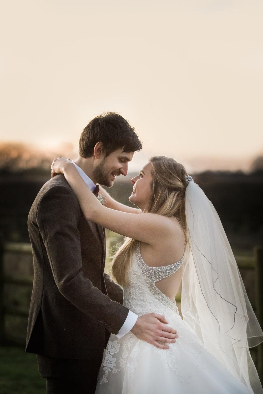 larafrostphotography_fishlakemill_doncaster_southyorkshire_sammiandandrew_weddingphotography_photographer_yorkshire_bride_groom-50.jpg