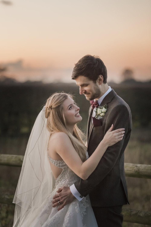 larafrostphotography_fishlakemill_doncaster_southyorkshire_sammiandandrew_weddingphotography_photographer_yorkshire_bride_groom-52.jpg