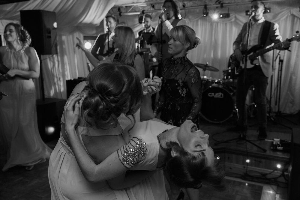 larafrostphotography_fishlakemill_doncaster_southyorkshire_sammiandandrew_weddingphotography_photographer_yorkshire_bride_groom-78.jpg
