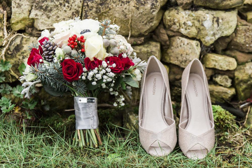 larafrostphotography_fishlakemill_doncaster_southyorkshire_sammiandandrew_weddingphotography_photographer_yorkshire_bride_groom-3.jpg