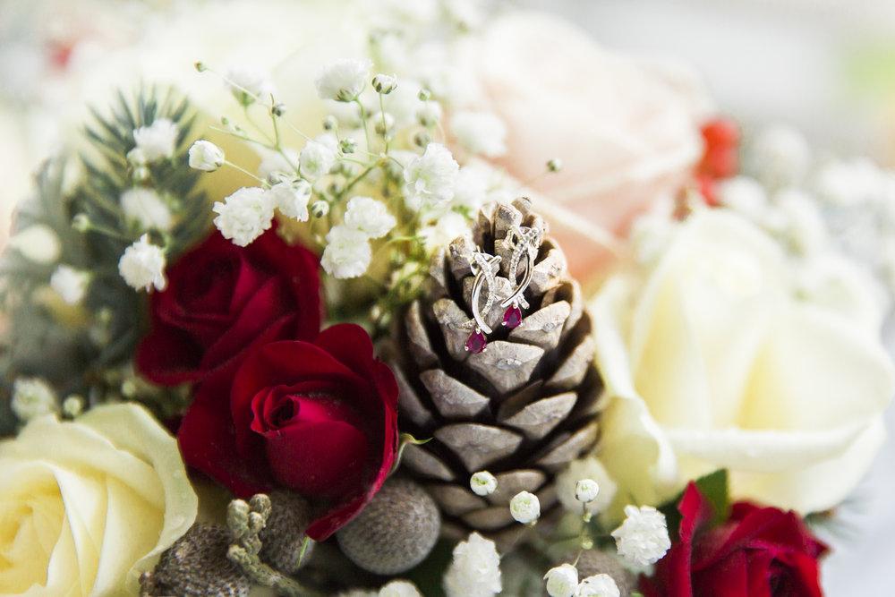larafrostphotography_fishlakemill_doncaster_southyorkshire_sammiandandrew_weddingphotography_photographer_yorkshire_bride_groom-6.jpg