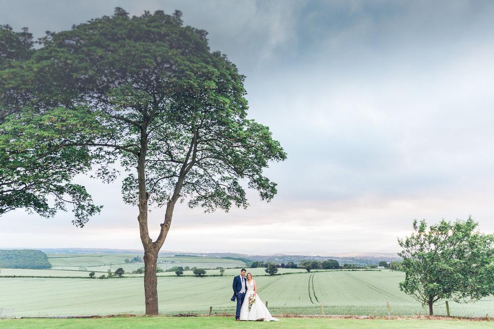 Lara Frost Photography_farm wedding