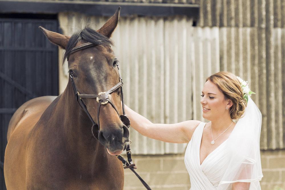 Lara Frost Photography_Whiston Farm Wedding-11-2.jpg