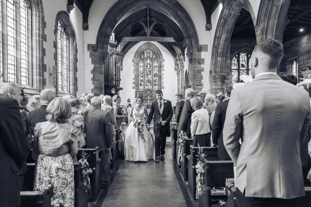 Lara Frost Photography_Whiston Farm Wedding-18-2.jpg