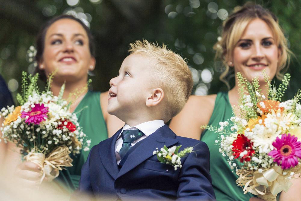 Lara Frost Photography_Whiston Farm Wedding-25-2.jpg
