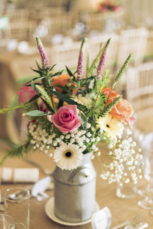 Lara Frost Photography_Whiston Farm Wedding-43-2.jpg
