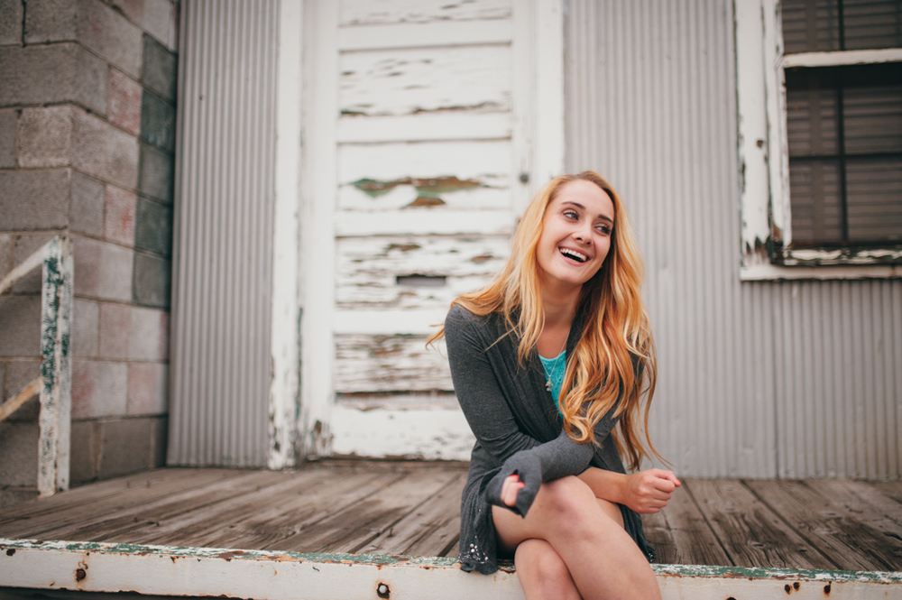 Amazing Colorado senior portrait session by Tara Polly Photography