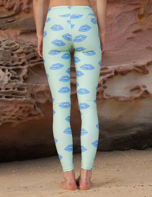 62a416803e Eco Friendly Women Yoga Wear Leggings Online Australia — SOLSOYA