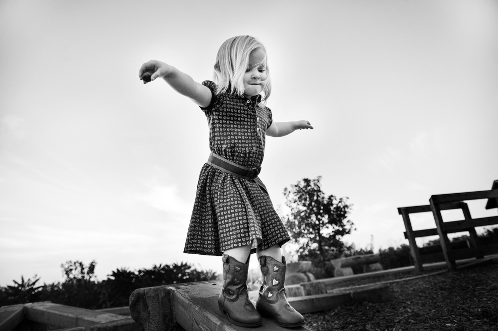 Black and white child photographs