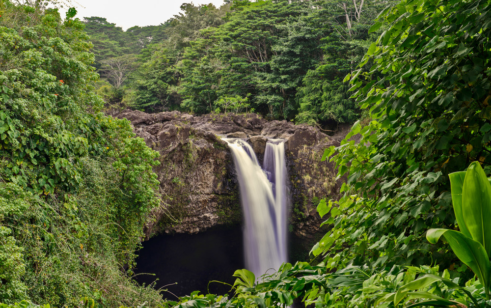 Lush green falls of Rainbow Falls | Hilo, HI
