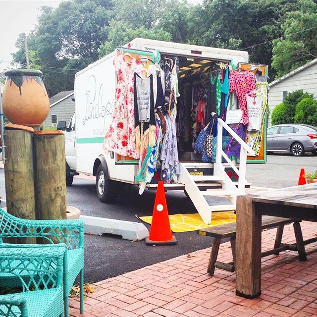 penelope traveling boutique Saturday & sunday