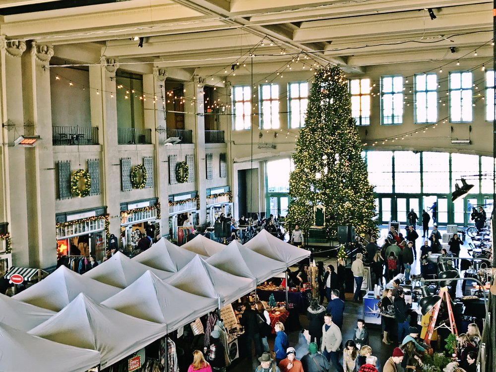 holiday bazaar 1.JPG