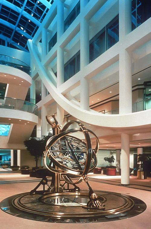 compass-rose-pegasus-studio-inc-stained-glass-sculpture-1.jpg