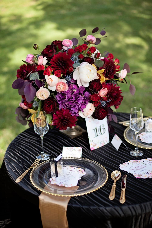 Flowers: hydrangea, dahlias, roses, ranunculus, orchids, thistle